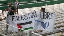 Hinchas de Talleres dedicaron un lienzo a la causa de Palestina