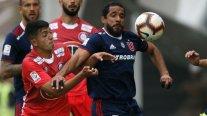 U. de Chile firmó un vibrante empate ante U. La Calera y aseguró otra semana fuera del descenso