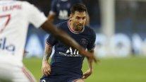 Lionel Messi se lesionó tras un golpe en la rodilla izquierda
