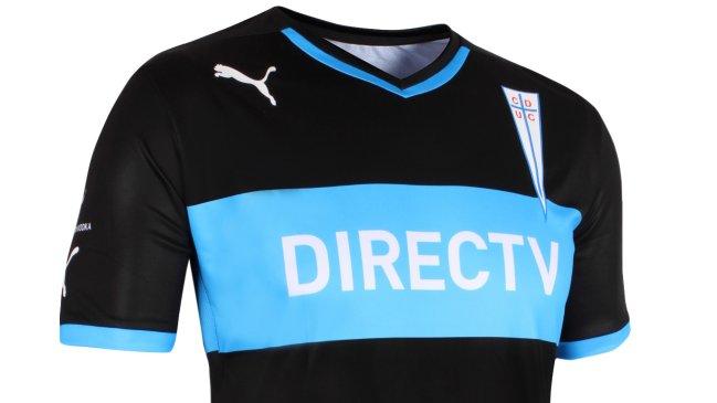 1b3e98fe8 Foto  Cruzados Universidad Católica presentó su nueva camiseta alternativa
