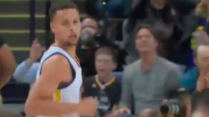 Stephen Curry anotó 17 puntos en apenas minutos