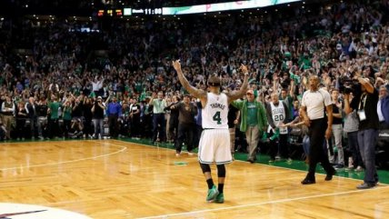 Las victorias de Warriors y Celtics en los play-offs de la NBA