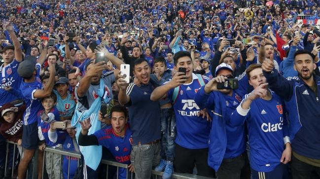 Resultat d'imatges de futbol publico
