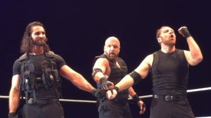Triple H luchó junto a The Shield en un evento de WWE en Escocia