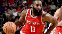 James Harden guió a Houston Rockets a lograr la mejor marca de su historia