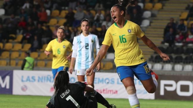 60b3604e3347a Foto   CAFemChile2018 Brasil venció a Argentina en el clásico que se tomó  la Copa América Femenina