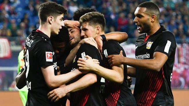 Leverkusen regresa a puestos de Champions tras golear al Leipzig
