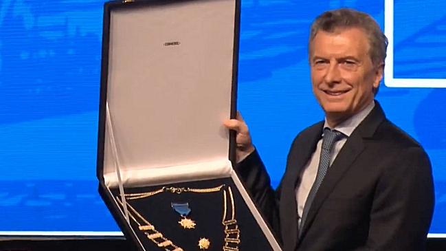 La Conmebol le otorgó la máxima condecoración a Macri