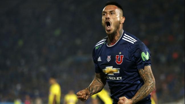 Colo Colo se impone a la 'U' en clásico del fútbol chileno