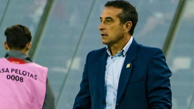 Delfín SC anunció la salida de su entrenador Guillermo Sanguinetti