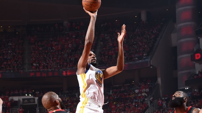 Golden State Warriors abrió la final de la Conferencia Oeste con victoria sobre Houston Rockets