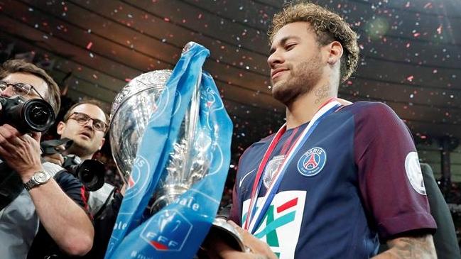 """El Real Madrid tendría problemas para fichar a Neymar"""""""
