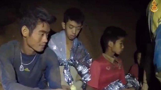 Presidente de la FIFA invitó a niños atrapados en Tailandia a la final del  Mundial 7634d67f642dc