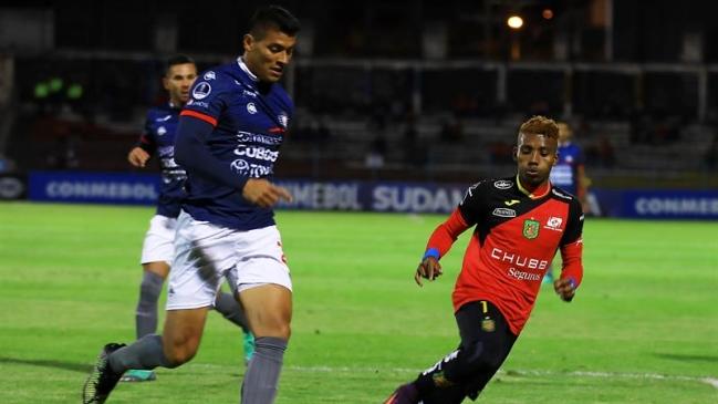 Foto  EFE Jorge Wilstermann tuvo magistral reacción ante Deportivo Cuenca en  la Copa Sudamericana d9aaad529722d