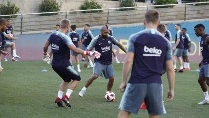8492225e259a3 Así fue la segunda jornada de prácticas de Arturo Vidal en FC Barcelona