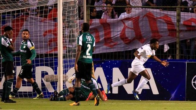 Liga de Quito saca ventaja mínima 1-0 ante Deportivo Cali