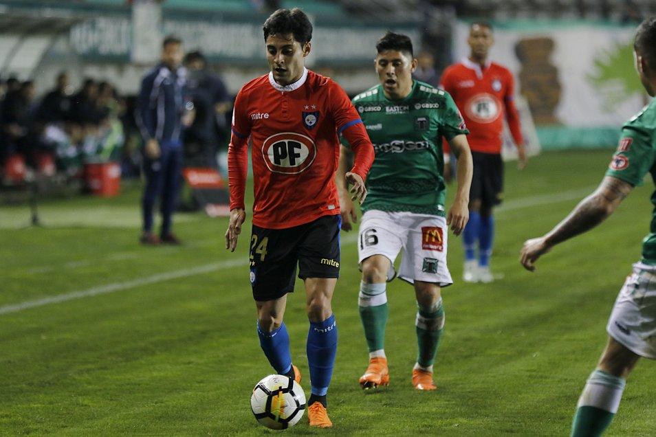 A pesar de la fuerte lluvia en la Región de La Araucanía, Huachipato mantuvo un ritmo encendido que le permitió arrasar en su visita Deportes Temuco con un inapelable 4-0.