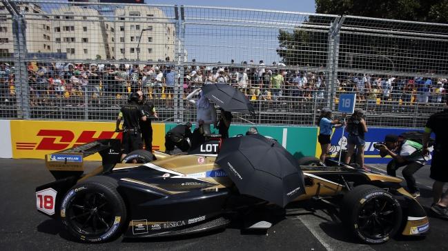 Villeneuve vill kopa ett formel 1 team