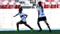 Santiago Morning levantó su primera copa en el Torneo Femenino al derribar en la final a Palestino
