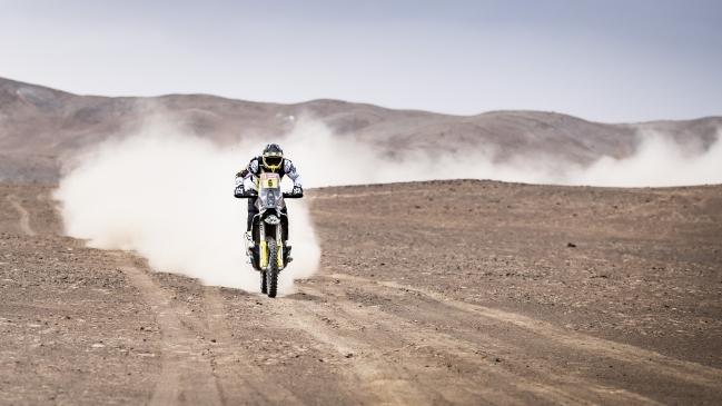 Ricky Brabec arrebató a Pablo Quintanilla el liderato en motos del Dakar