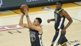 Stephen Curry logró marca de triples en nueva victoria de Golden State Warriors