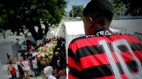 Decenas de personas despidieron a Samuel Rosa, joven víctima de la tragedia de Flamengo