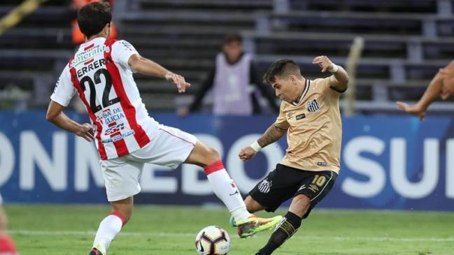 Foto  EFE Santos FC avisó que jugará sin hinchas contra River Plate  uruguayo por la Sudamericana b8bb2d4597704