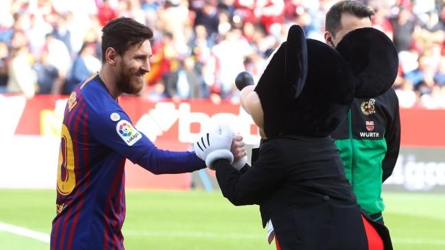 El Horrendo Mickey Mouse Que Desato Las Burlas Contra Messi En Redes