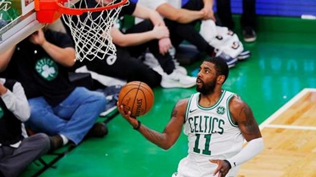 Irving y los Celtics hunden más a Lakers (107-120)