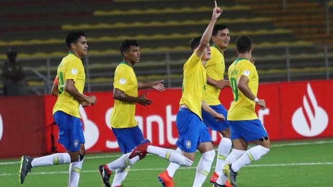 Brasil venció a Colombia y Paraguay sorprendió a Uruguay