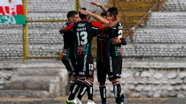 Palestino volvió a los abrazos tras superar a Everton en La Cisterna