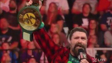 """WWE estrenó un nuevo título en RAW con regla de """"24/7"""""""