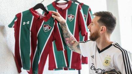 Fluminense regaló camisetas personalizadas a Lionel Messi y la selección argentina