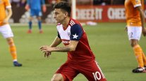 Dirigente de FC Dallas se mostró abierto a negociar por Aránguiz