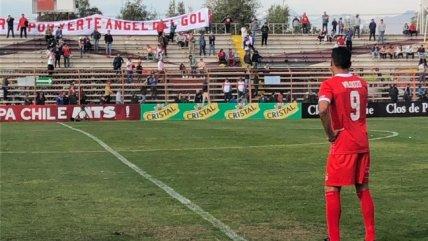 El homenaje de U. San Felipe a Angel Vildozo tras su último partido en el fútbol profesional