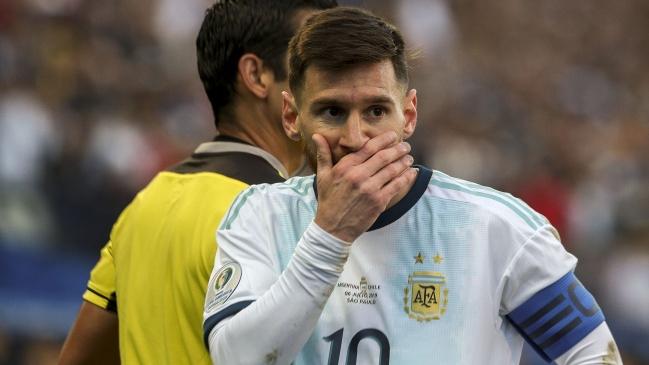 Lionel Messi recibió una fecha de castigo y una multa por su expulsión ante Chile