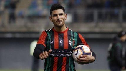 Lucas Passerini se llevó un balón tras su triplete en el triunfo de Palestino sobre Audax Italiano