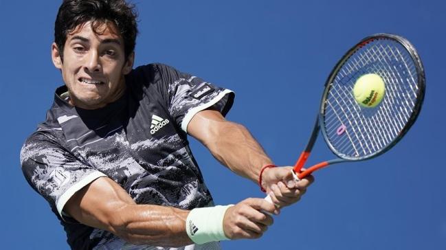 Chilenos solo supieron de bajas en el ranking ATP