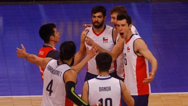 Chile derrotó con soltura a Perú y se acercó a semifinales del Sudamericano de Voleibol