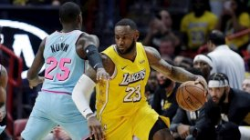 LeBron James y Anthony Davis lideraron victoria de Los Angeles Lakers sobre Miami Heat