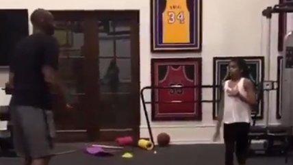¡Para llorar! El conmovedor video de Kobe Bryant jugando con su hija que se hizo viral en redes