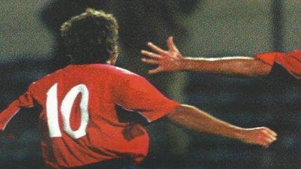 """¿Qué futbolistas han usado la """"10"""" de la Roja?"""