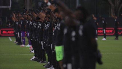 Más de 100 jugadores negros protagonizaron potente protesta contra el racismo en la reanudación de la MLS