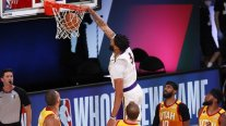 Anthony Davis comandó el triunfo de Los Angeles Lakers ante Utah Jazz en la NBA