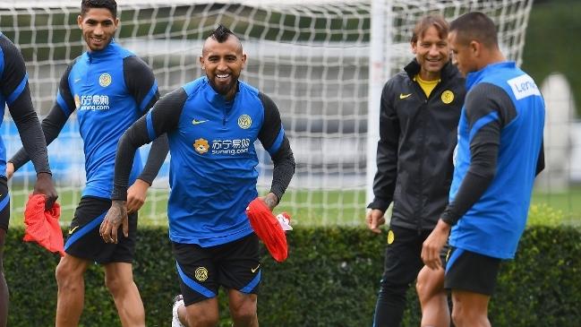 """La """"patriótica"""" bienvenida de Alexis Sánchez a Arturo Vidal en Inter de Milán"""