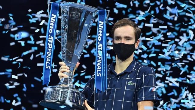 Medvedev remontó a Thiem y es el nuevo maestro del tenis mundial