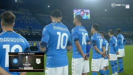 Emotivo minuto de silencio y tributo de Napoli por Diego Maradona en la Europa League