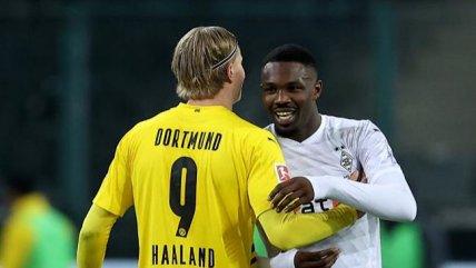 Borussia Monchengladbach tumbó en partidazo a B. Dortmund y escaló en la Bundesliga
