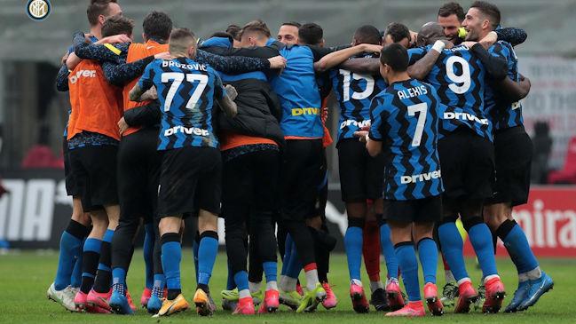 Inter de Alexis y Vidal se mide a Genoa buscando despegar en el liderato de la Serie A