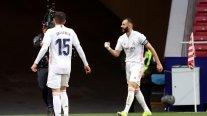Real Madrid se encomendó a Karim Benzema y rescató un empate ante Atlético en la liga española